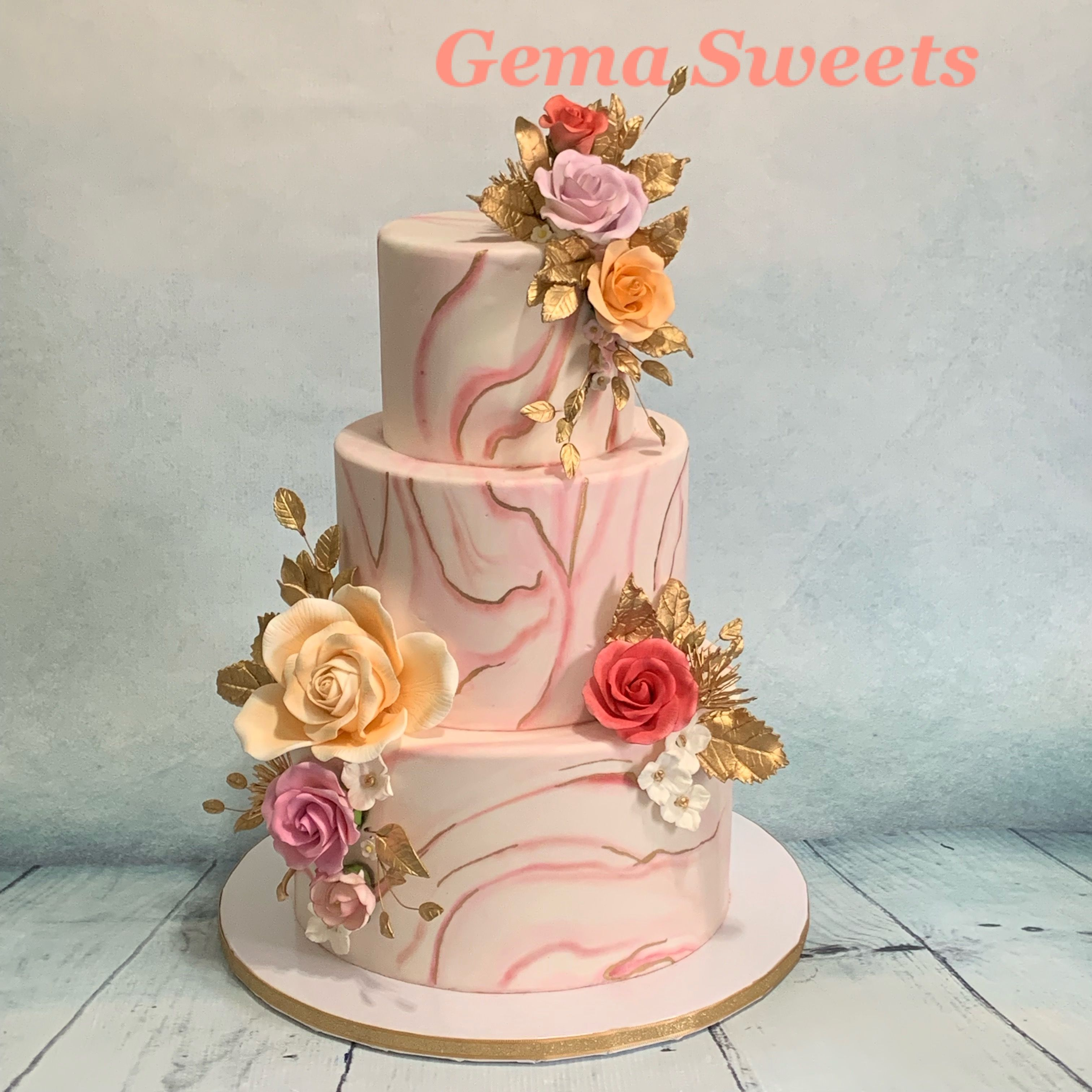 Pin By Gema Sweets On My Creations Marbled Fondant Cake Fondant Cake Fondant