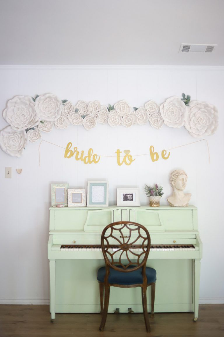 This diy large easy flower wall decor is perfect for adding a spring
