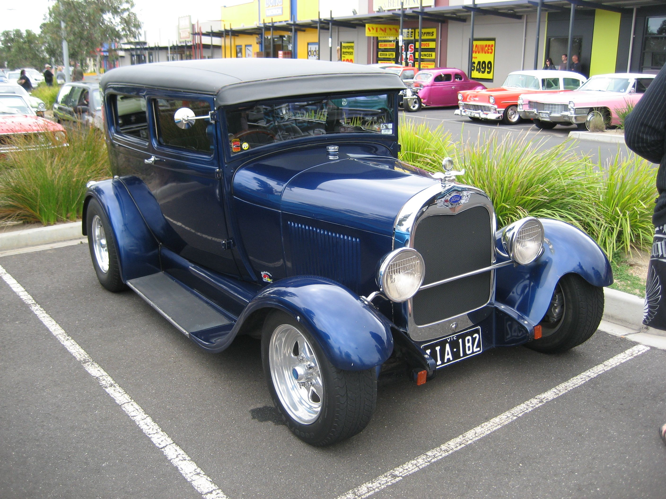 Description 1928-29 Ford Model A Tudor Hot Rod.jpg | Classic ...