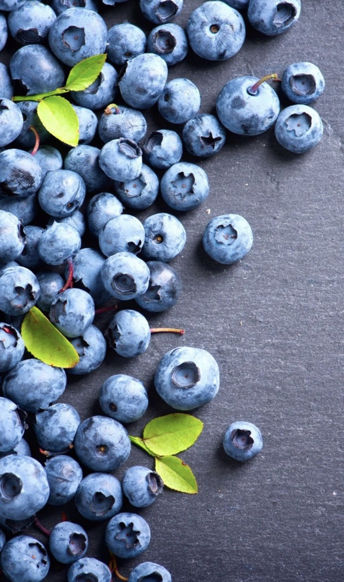 Pin By Petit Fil Bleu On Wallpapers Berries Photography Food Wallpaper Fruit Photography