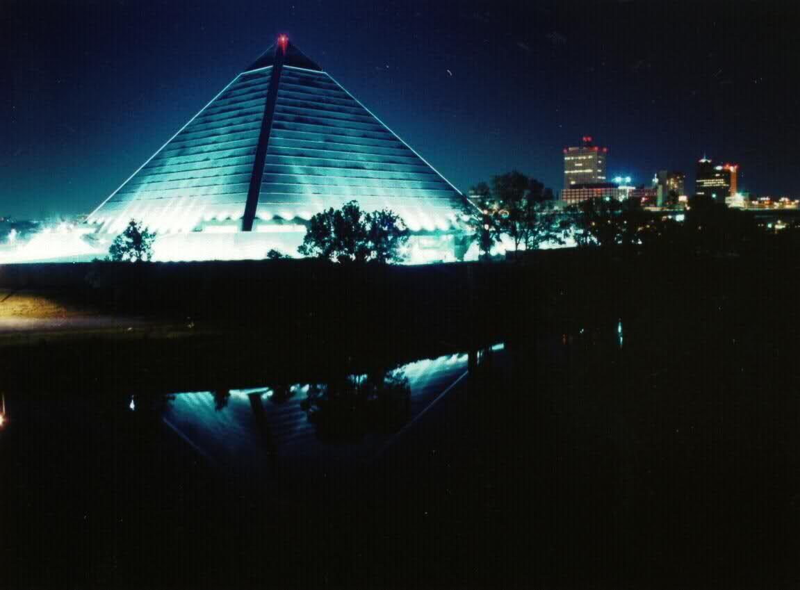 """Résultat de recherche d'images pour """"city memphis tennessee Pyramid Arena"""""""