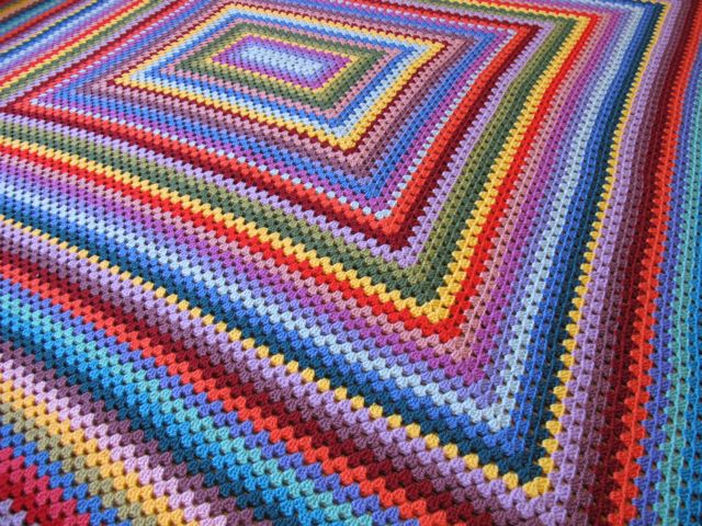 Knitting Patterns Using Squares And Rectangles : Granny rectangle blanket Crochet Granny Square Pinterest Granny square ...