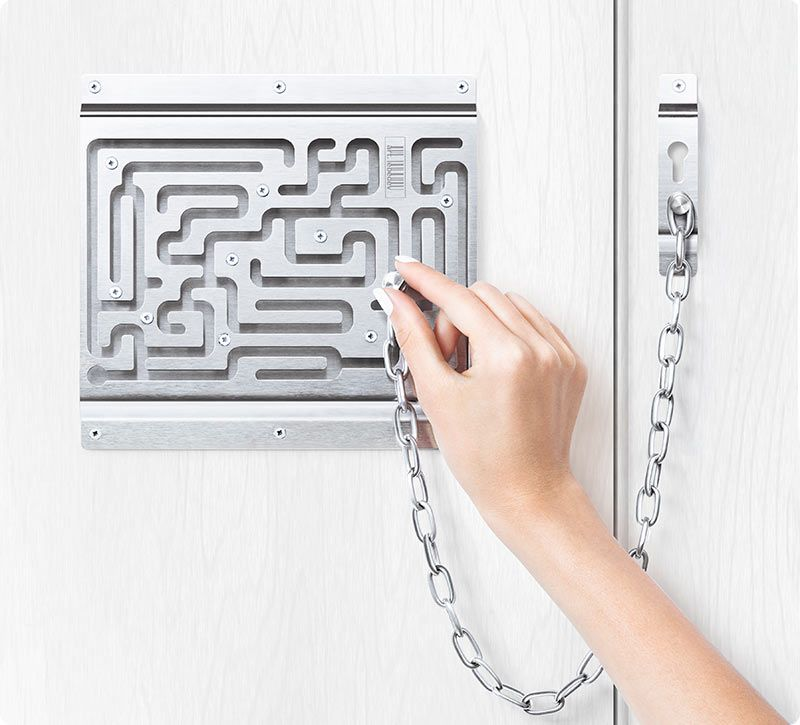 Defendius Door Chain Designers Oleg Morev Konstantin Chirkov Su Art Lebedev Studio Per Me E Sempre Un Piacere Farci Un Door Chains Security Locks Door Locks