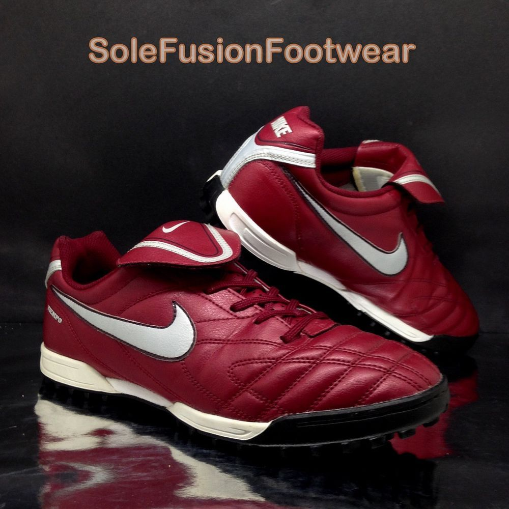 f57b505f2 Nike Tiempo Football Trainers Red sz 5.5 Boys Junior Soccer Sneaker US 6 EU  38.5