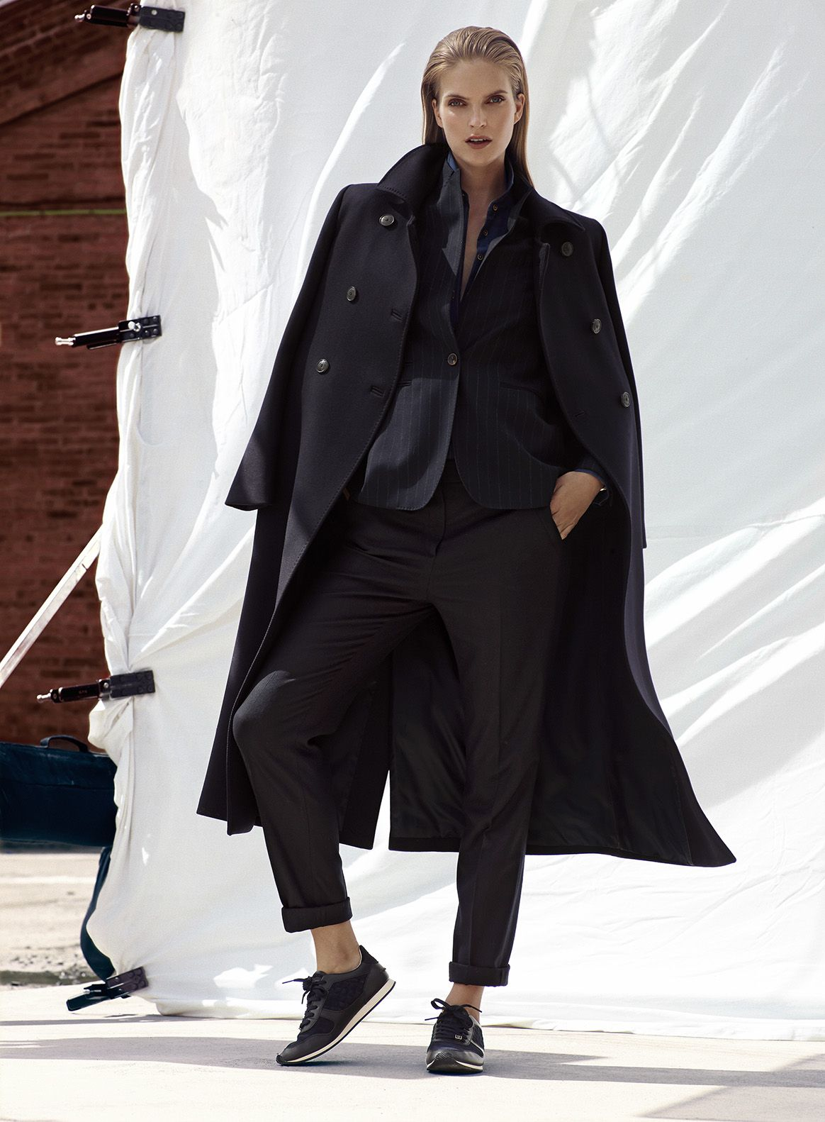 Watch Massimo Dutti October 2014 Lookbook Goes Urban Chic video