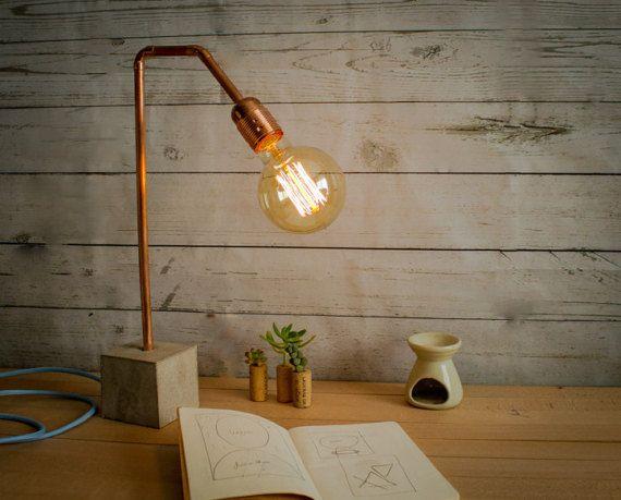 Lampe table industrielle ciment cuivre - modèle « CC02 lampe » Cette