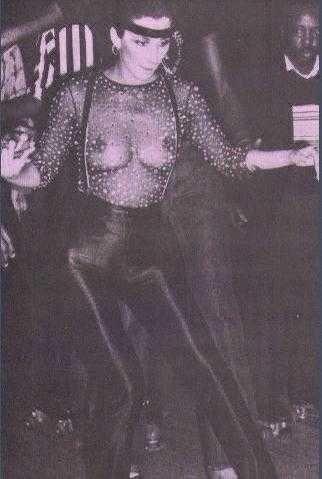 Cher - 08-b