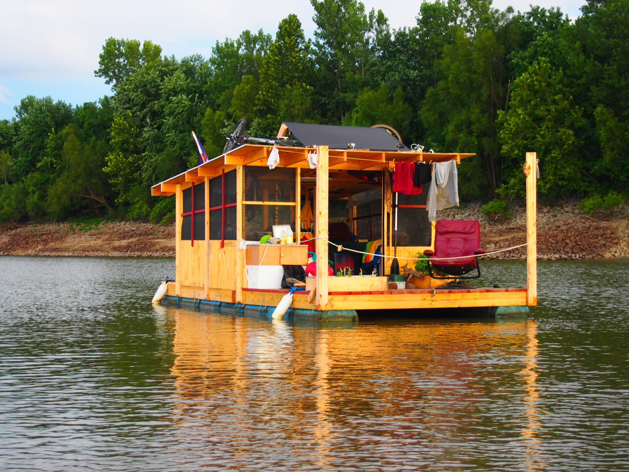 4 Sale Sold House Boat Floating House