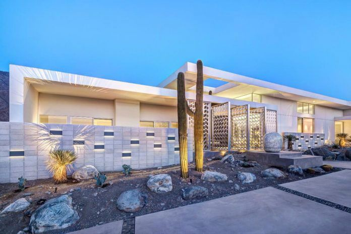 One Story Modern Palm Springs Open House Built by Cioffi Architect