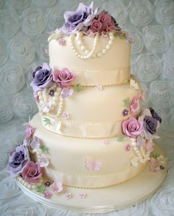 Pin by Wanda Higgins on Wedding Andrea Ray | Wedding cake ...