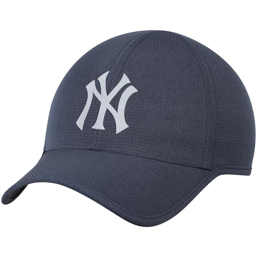 752909890 Men's New York Yankees New Era Navy Speed Shadow Tech 9FORTY ...