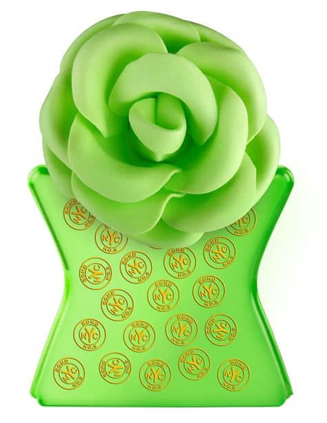 Eau De Parfum — Hudson Yards – Bond No. 9 Notes: Wet Petals of Lily of the Valley, Sparkling Freesia, Pink Pepper Oil, Peony Buds, Rose Oil Bulgaria, Vibrant Lychee, Orange Flower Absolute, Iris Absolute, White Ray of Musk