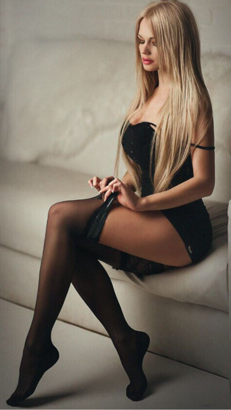 Sexy Blonde In Stockings