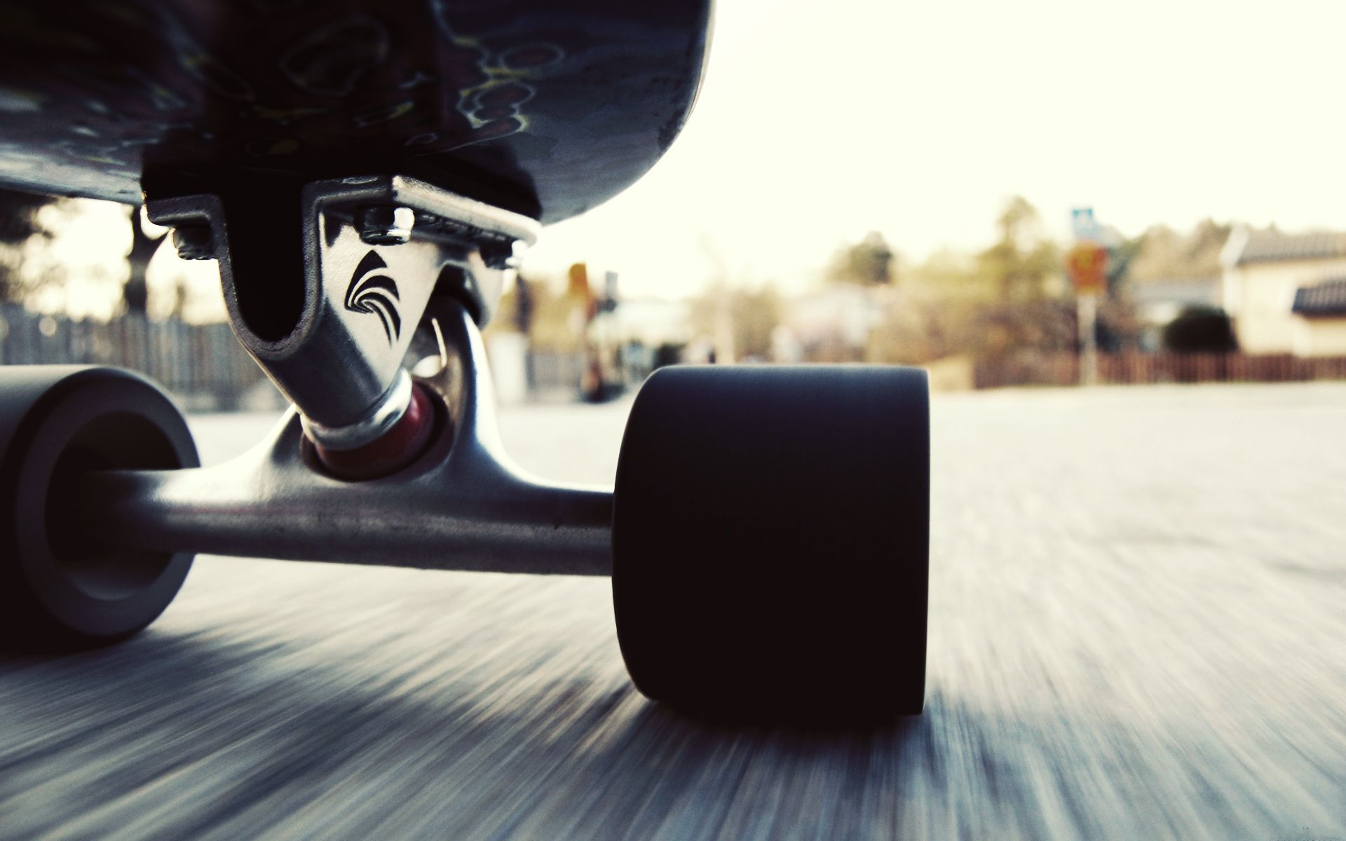 girl-skateboarding-wallpaper-hd-2.jpg 1,920×1,200 pixels ...
