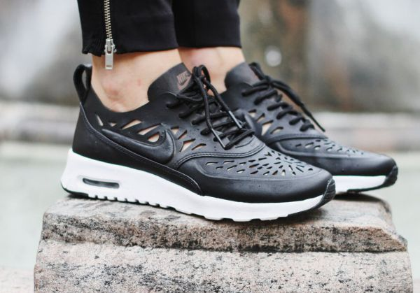size 40 ba292 62ccb Nike Air Max Thea Joli Black post image