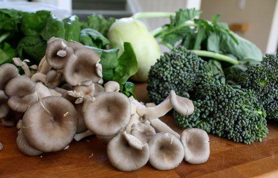 mushroomsbroccolikohlrabispinach