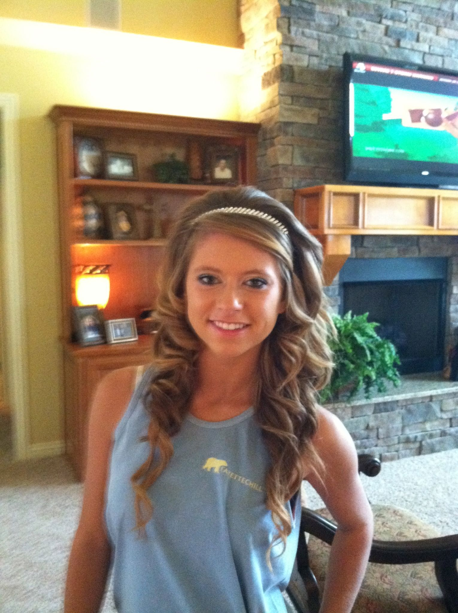 My homecoming hair    prom curly curls makeup