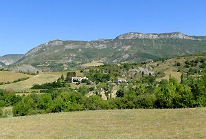 La Motte Chalancon Drome Provencale Village Panoramic Views Camping Glamping Drome