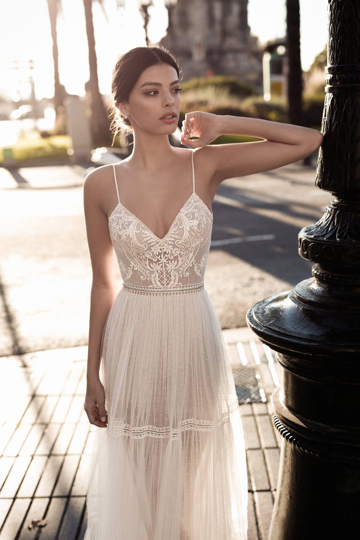 Pin by Adriana Tudor on Style | Pinterest | Wedding, Wedding dress ...