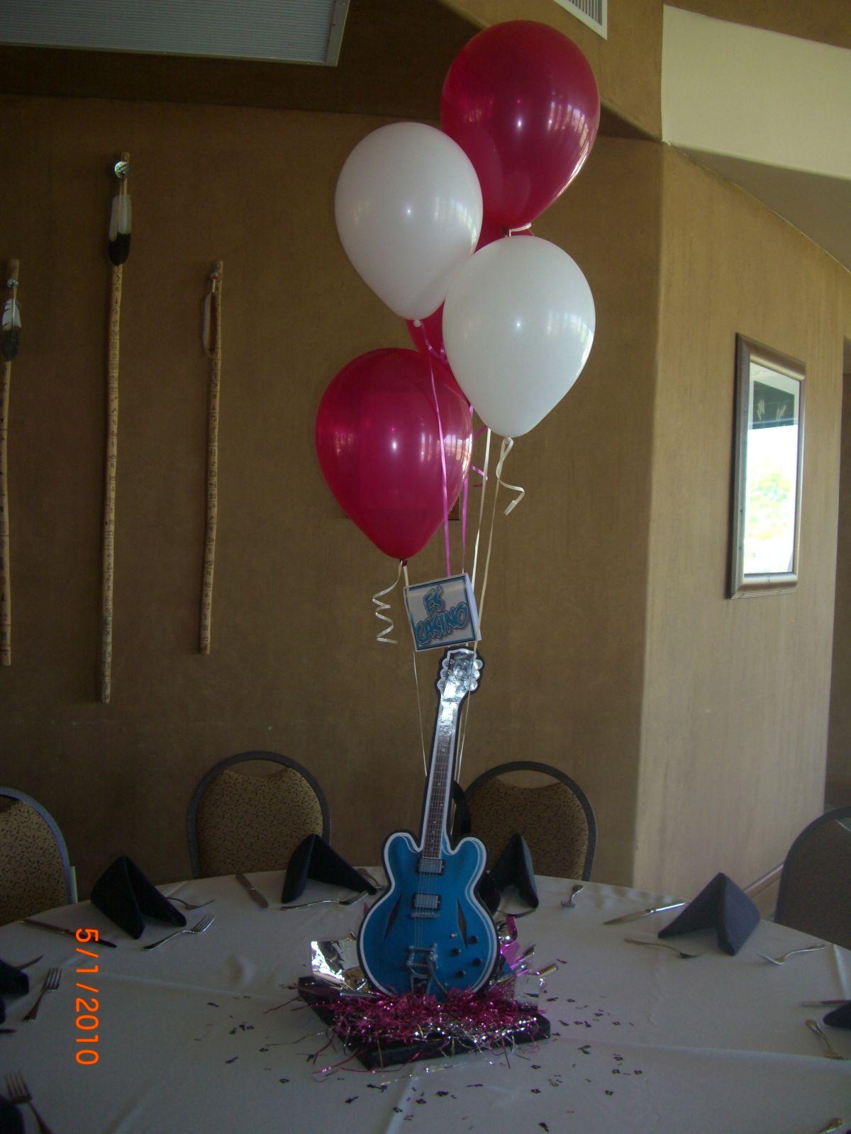 Rock'n Roll centerpiece cute! Music themed parties
