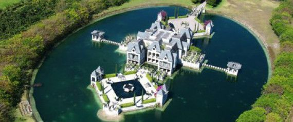 This Mansion Has A Moat A Moat House Plans With Pictures