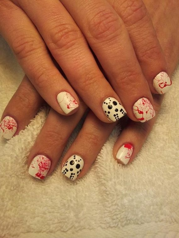 Gorgeous and Ghastly Halloween Nail Art Designs ...