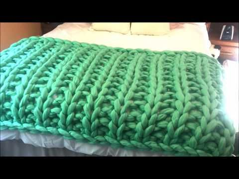 how to hand knit a giant merino blanket ribbing pattern youtube tejidos pinterest. Black Bedroom Furniture Sets. Home Design Ideas