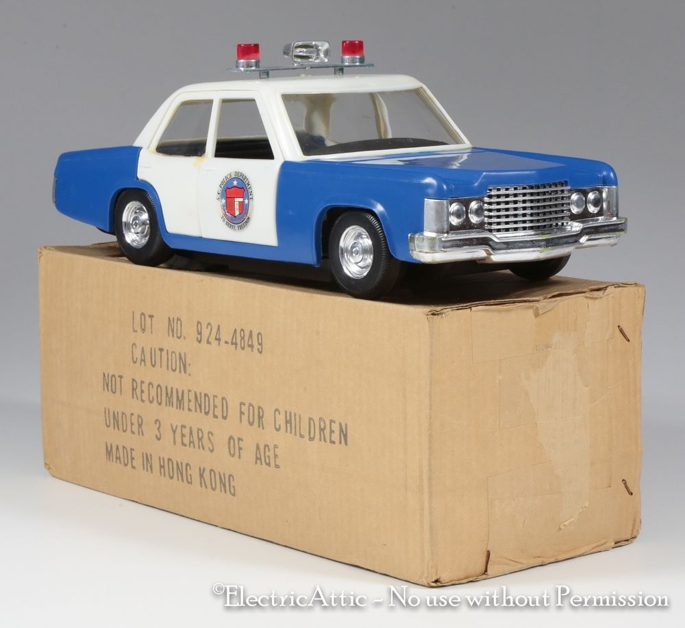 Rare Vintage TV's Rookies Police Car LJN Mego Era In The