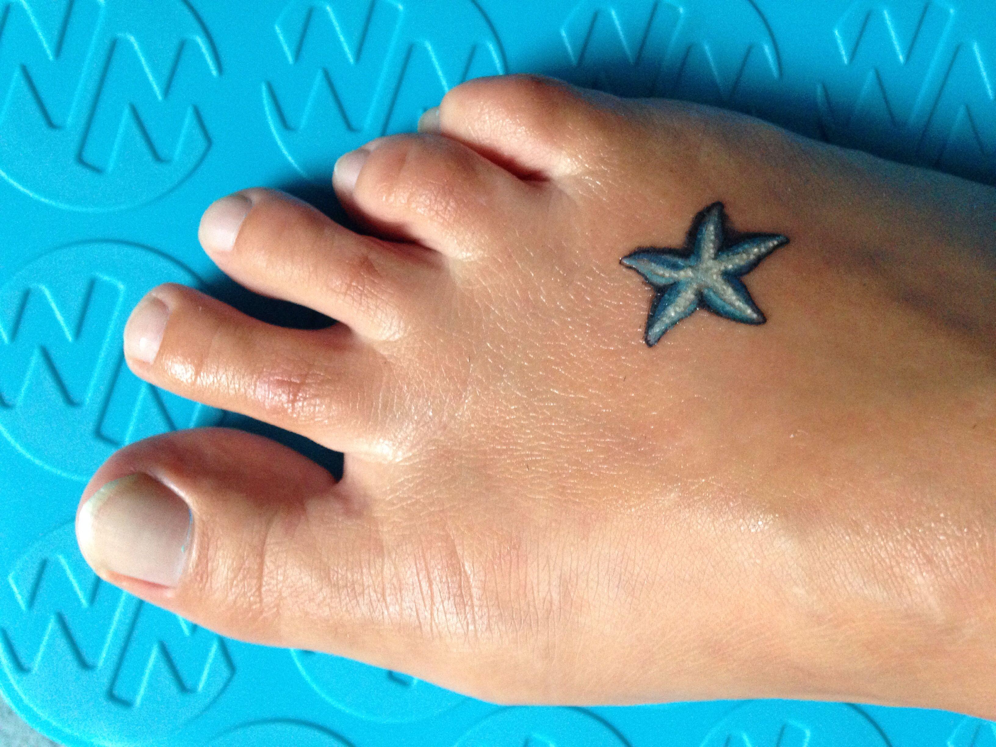 b363cb82e Small Starfish Tattoo | My Style | Tattoos, Feet tattoos, Small foot ...