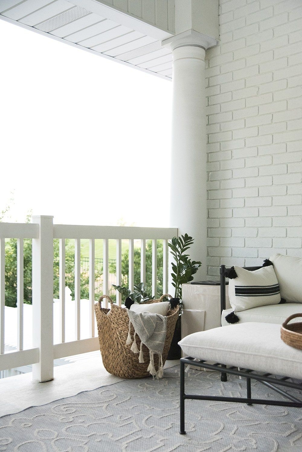 Summer Vignettes Prep For House Guests Small Guest Rooms Home