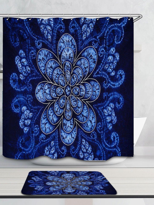 Flower patterned bathroom shower curtain in bathroomus