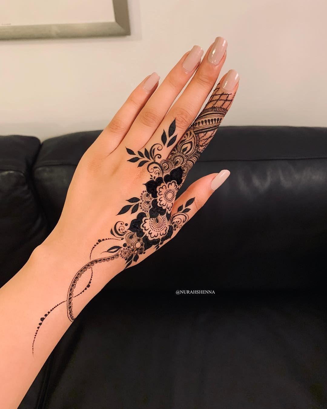 Sama In 2020 Henna Tattoo Designs Hand Henna Tattoo Designs Henna Tattoo Hand