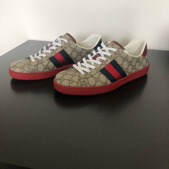 ec9d80c16 Gucci New Ace GG sneaker Used but very good condition Gucci size 10....US  size 11 Also comes with 2 Gucci carrying bags Gucci Shoes Sneakers