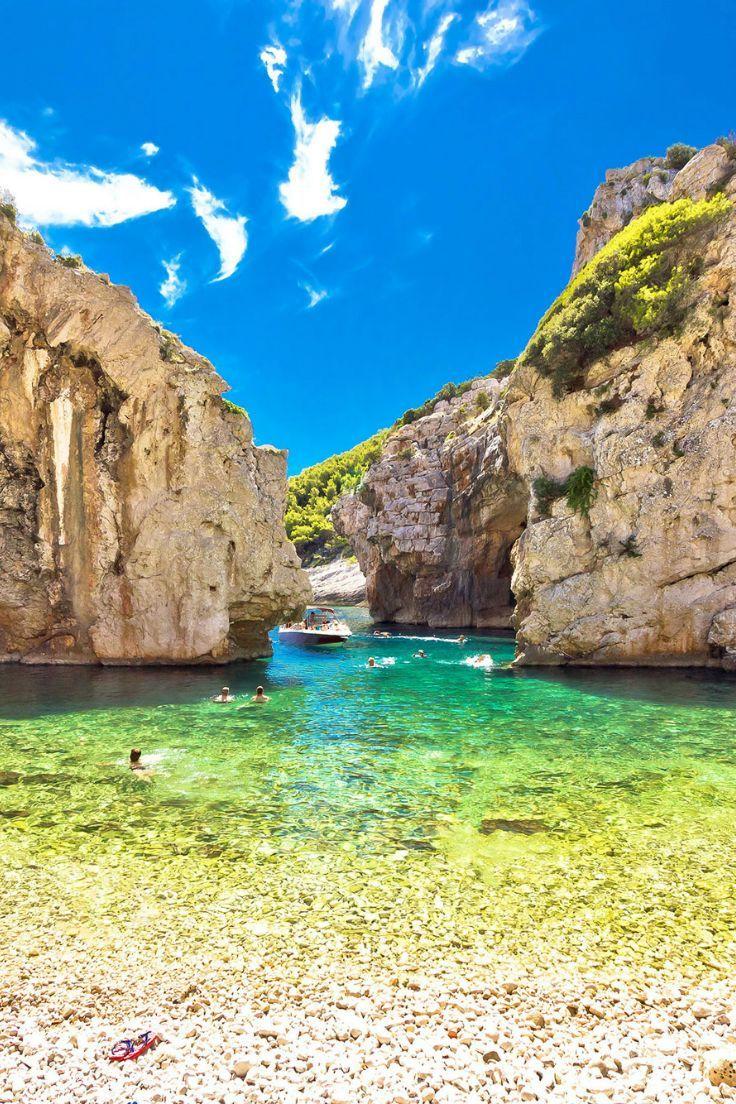 Stiniva beach Dalmatië urlaub in kroatien camping