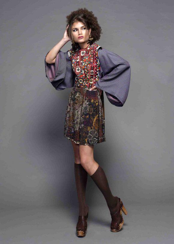 Precioso  vestido con tela  estampada disponible en la  boutique   MaribelFernández. d61f1382224ca
