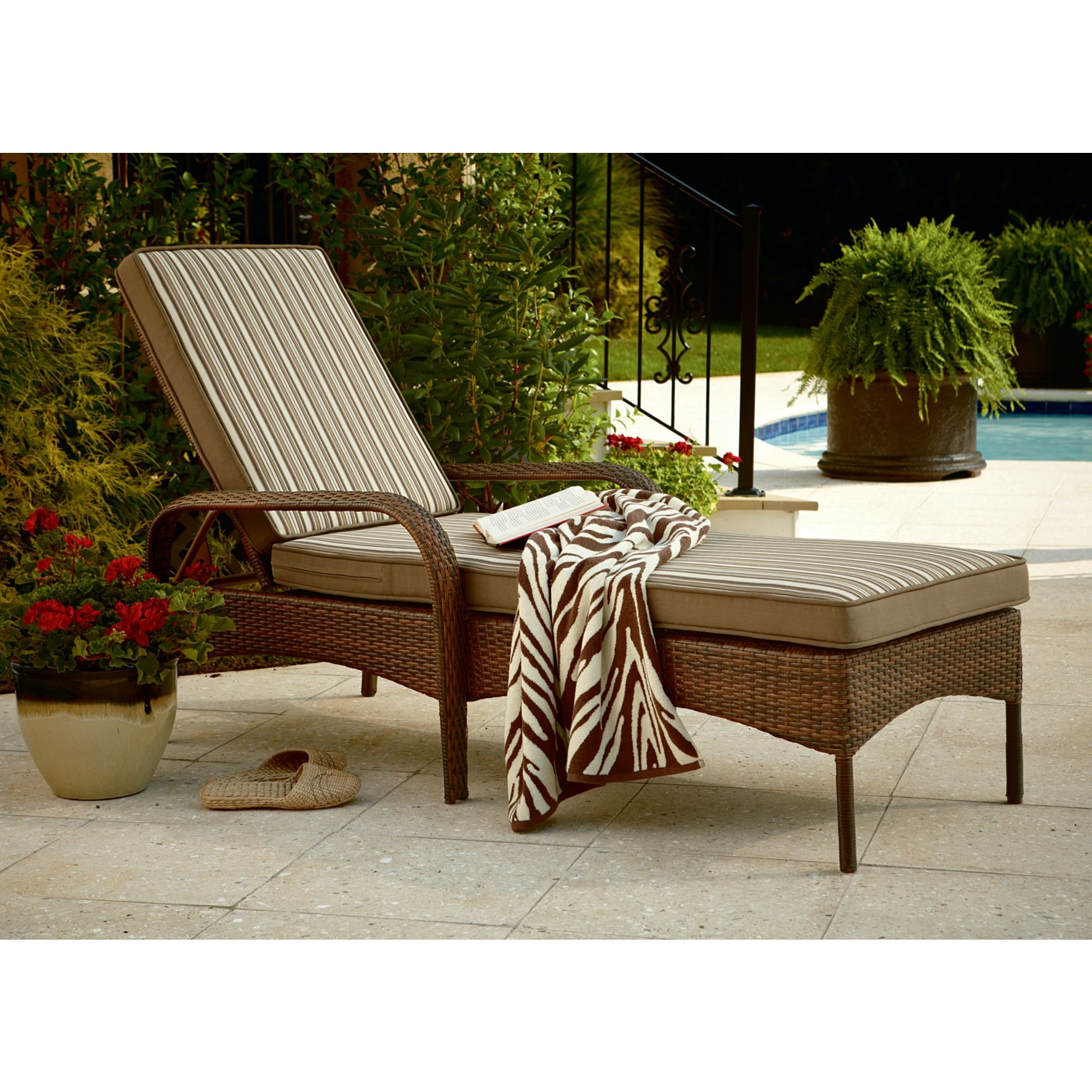 Attractive Mayfield Vintage Wicker Chaise Lounge: Relax In Style With Sears
