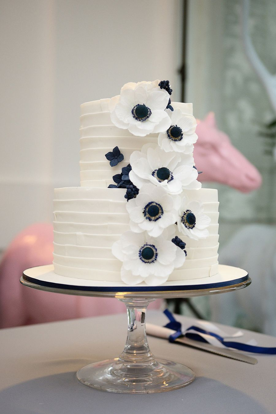 Top 10 wedding cake creators in malaysia part 1 wedding cake classy white and black tiered wedding cake with sugar flowers top 10 wedding cake dhlflorist Image collections
