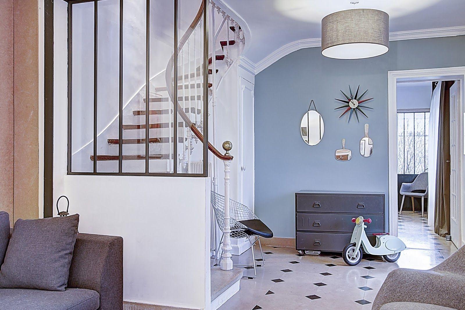 Entrée de maison habillage escalier carrelage cuisine maison style escaliers cloisons couloir couleur mur montreuil