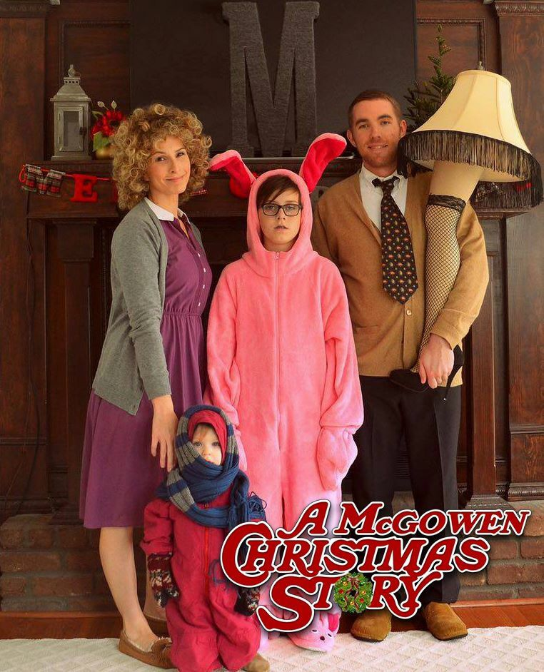 A Christmas Story photo card. Funny Christmas card ideas ...