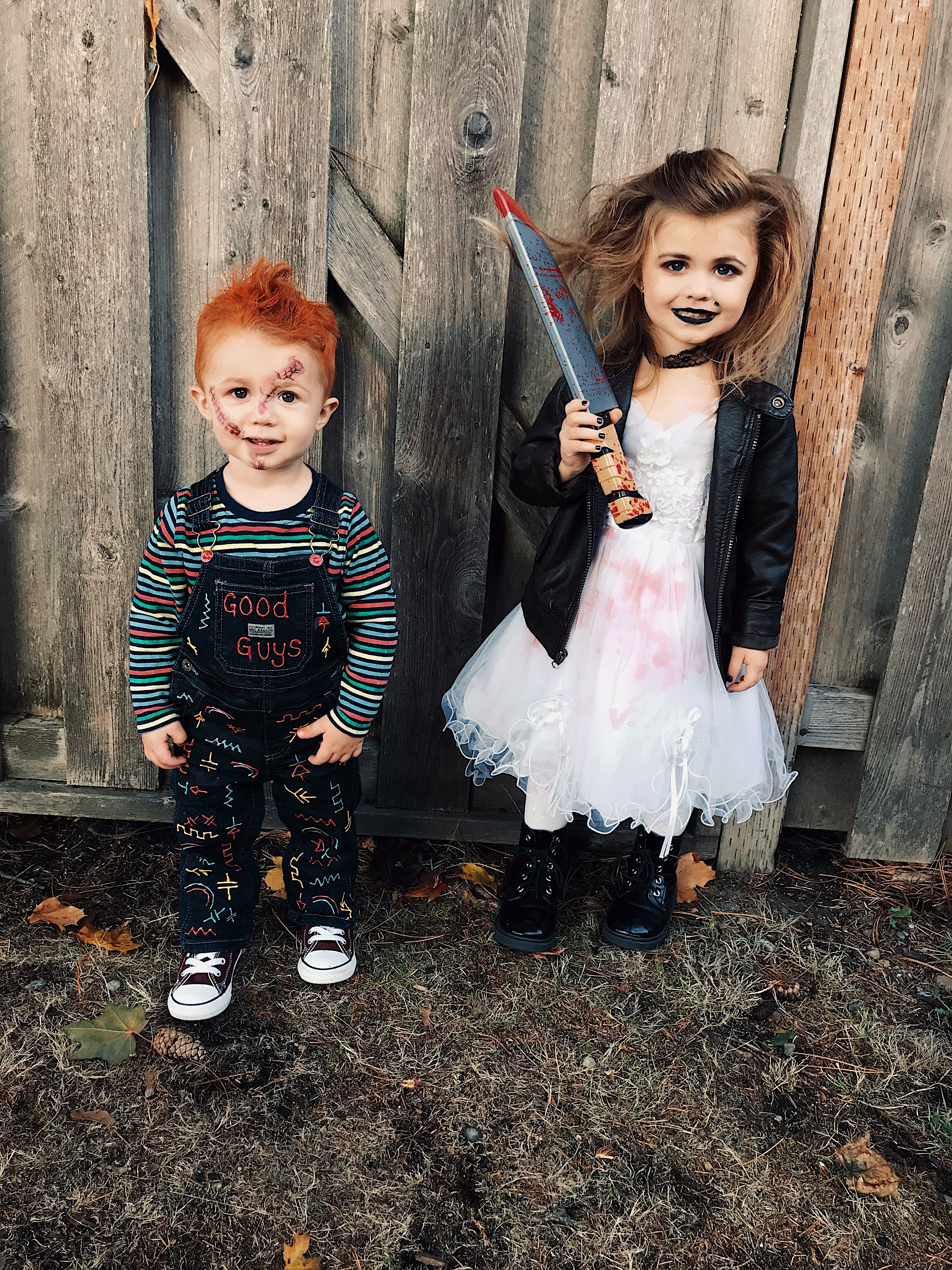 Chucky and his bride, sibling costumes, toddler duo