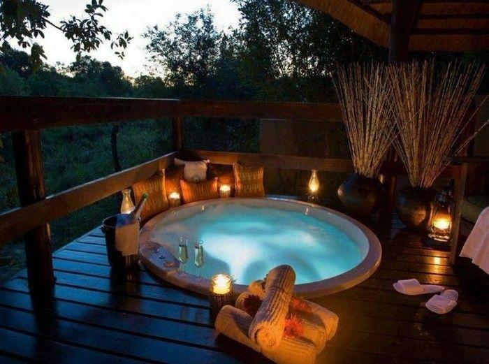 Les 25 meilleures id es de la cat gorie hotel chambre avec jacuzzi sur pinterest chambrede - Hotel avec piscine et jacuzzi dans la chambre ...