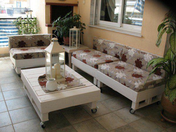 Terrassenmöbel selber bauen  terrassenmöbel selber bauen palettensofa couchtisch weiss ...