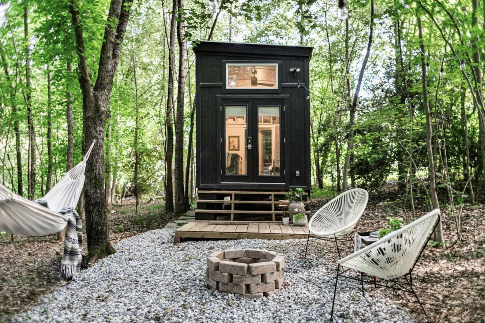 The Coolest Airbnbs Near Atlanta To Book This Spring In 2021 Tiny House Rentals Tiny House Tiny House Exterior