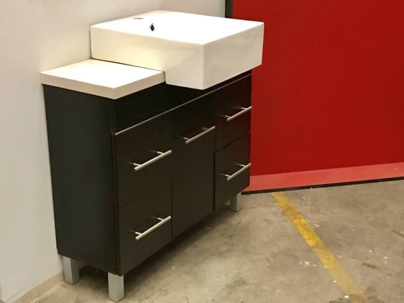 FACTORY CLEARANCE!! Ex-display slim vanity 90cm wide w ...