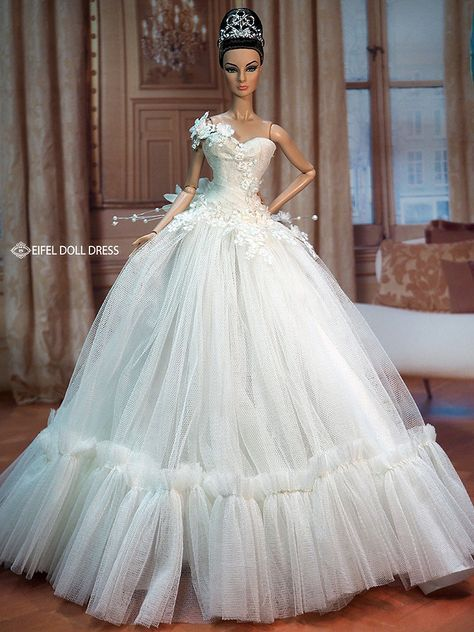 New Dress for sell EFDD | Dolls, Barbie doll and Barbie wedding
