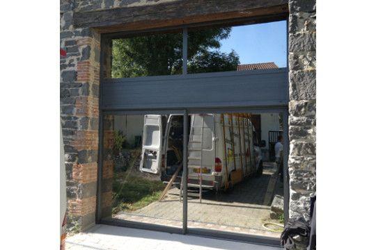 Baie vitre porte garage perfect portes de garage with - Baie vitree volet roulant pour remplacer porte garage ...
