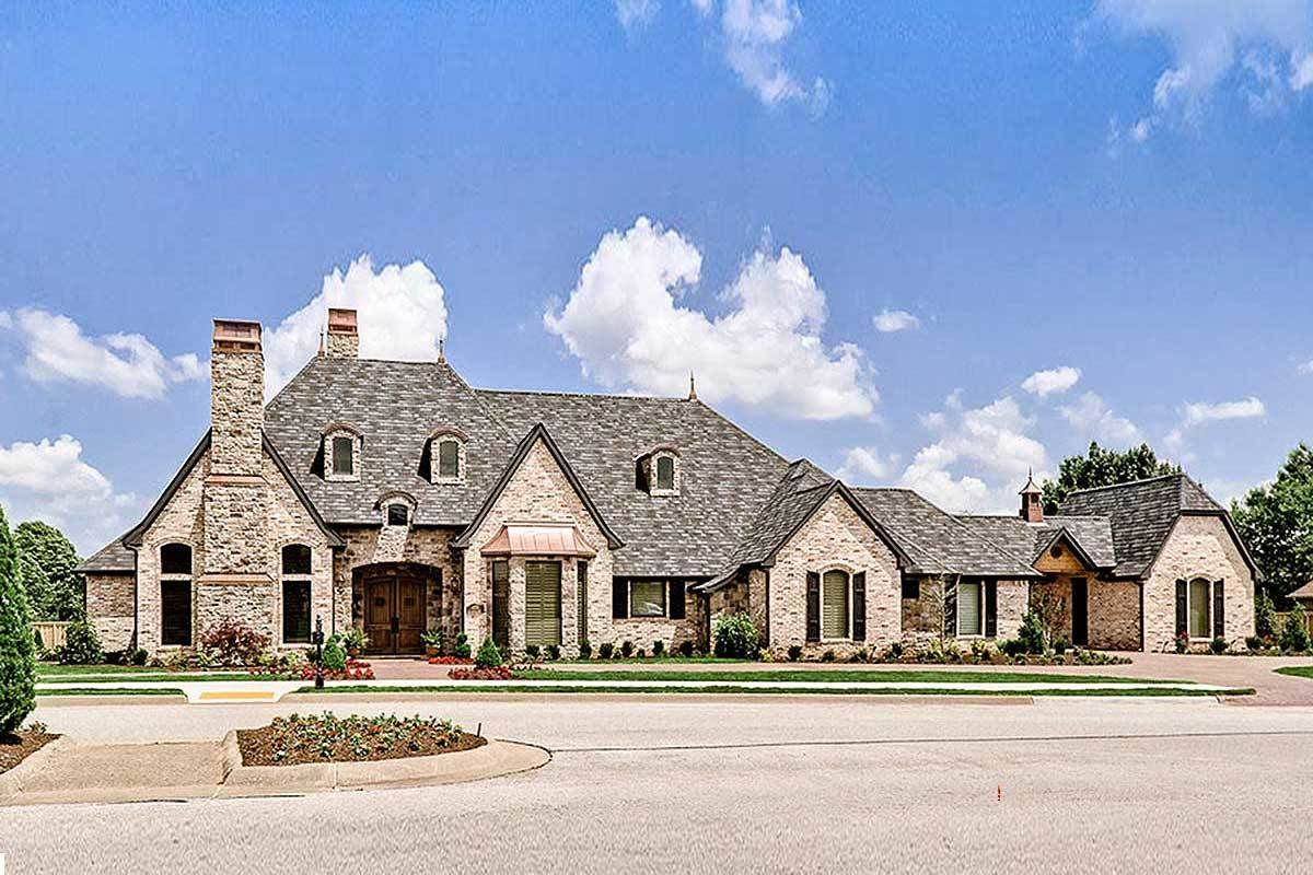 Plan 48296fm Expansive French Country Home French Country House Architecture House Architecture Design