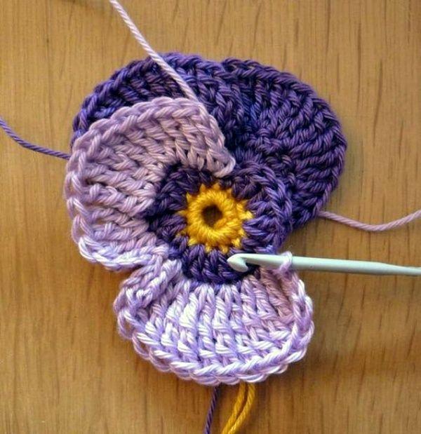 30 Free Crochet Flower Patterns Knitting Lovers - #Crochet #flower #Free #KNITTING #LOVERS #Patterns