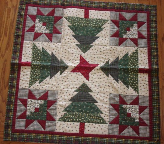 Christmas Tree Table Runner Quilt Pattern: INSTRUCTIONS ONLY~LOG CABINS IN THE TREES QUILT PATTERN