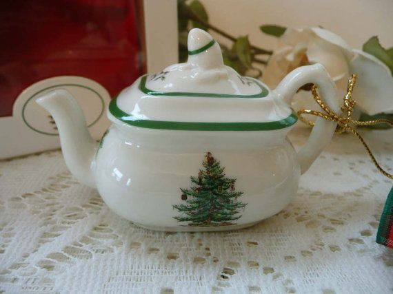 Adorable Vintage Spode Christmas Tree Teapot by MossyCottage